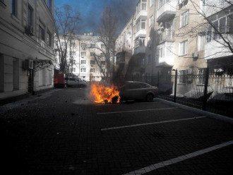 Под офисом регионалов сожгли машину члена ПР