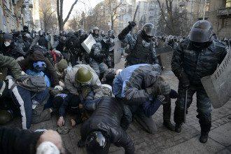 """Атака """"Беркута"""" в центре Киева"""