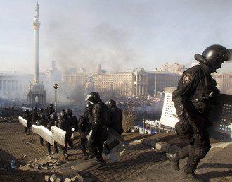 Бойцы ВВ на Майдане