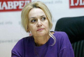 Ирина Фарион заявила, что без знания украинского граждане Украины не должны иметь возможности на образование и работу