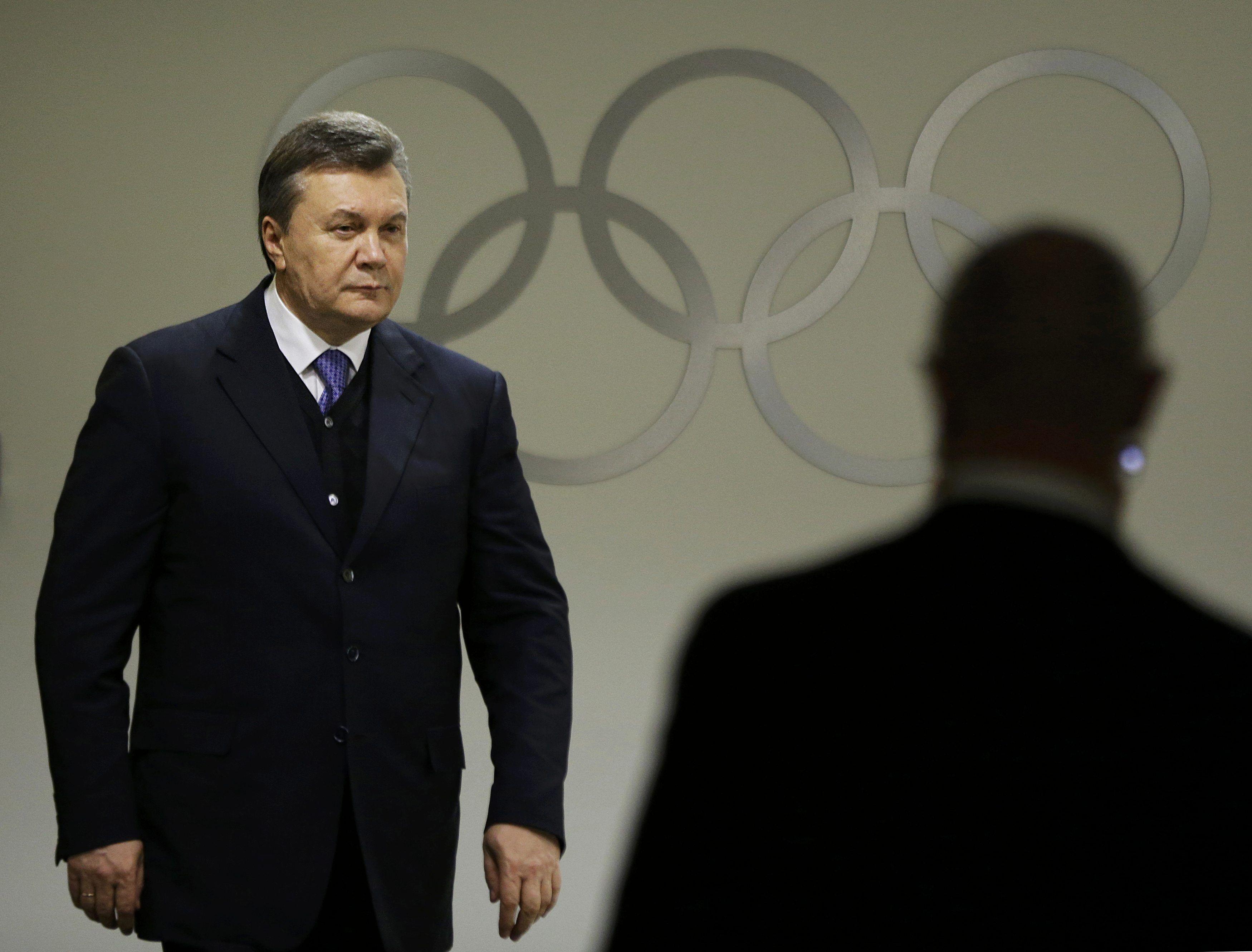 Виктор Янукович в олимпийском СочиУже завтра, 6 марта, Евросоюз может ввести серьезные персональные санкции против Януковича и 17 экс-чиновников.
