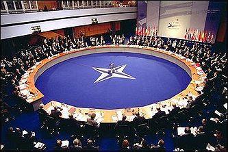 Керри заявил, что НАТО готово принять в альянс любую европейскую страну