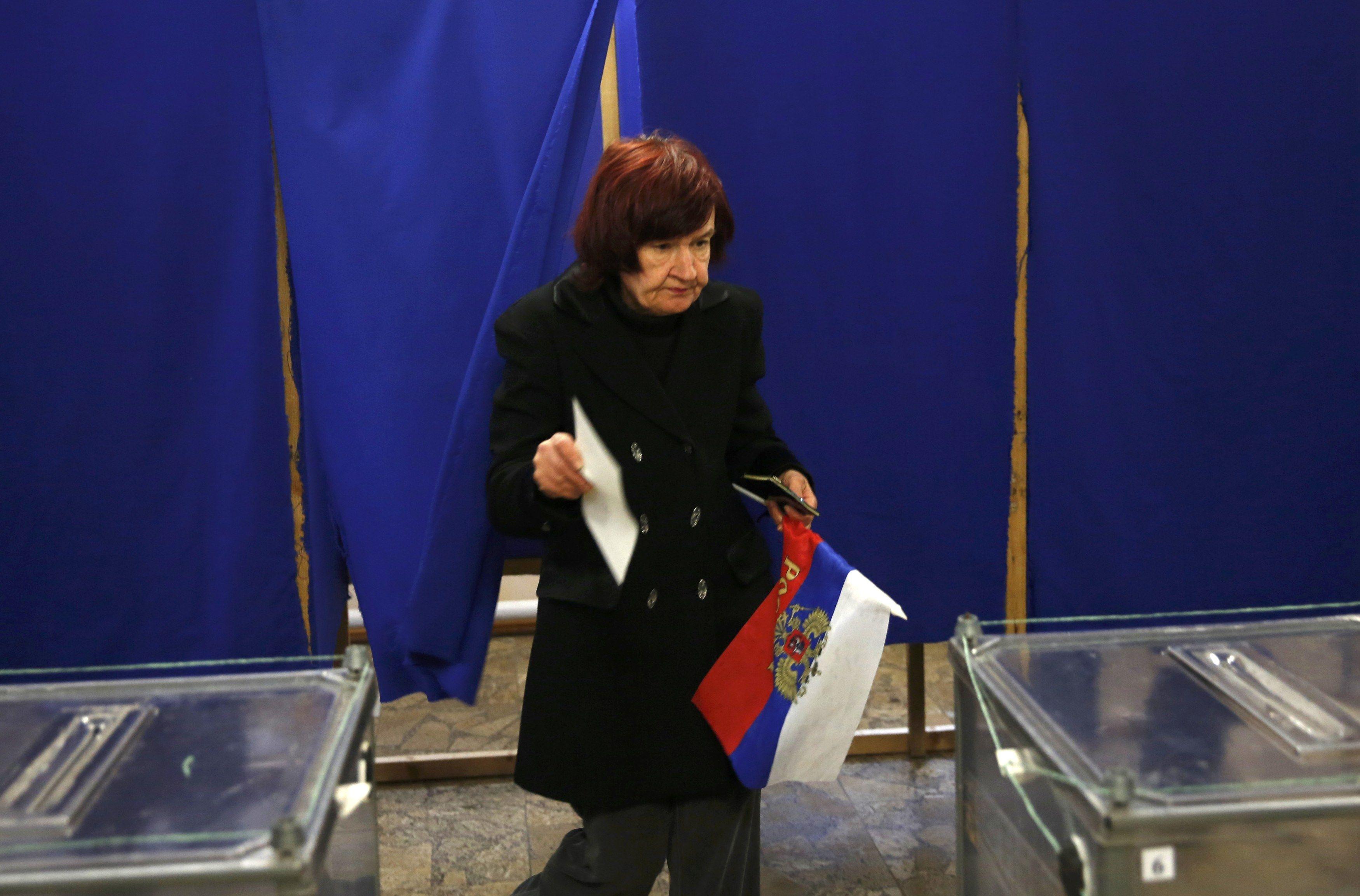 Фото с референдума в Крыму