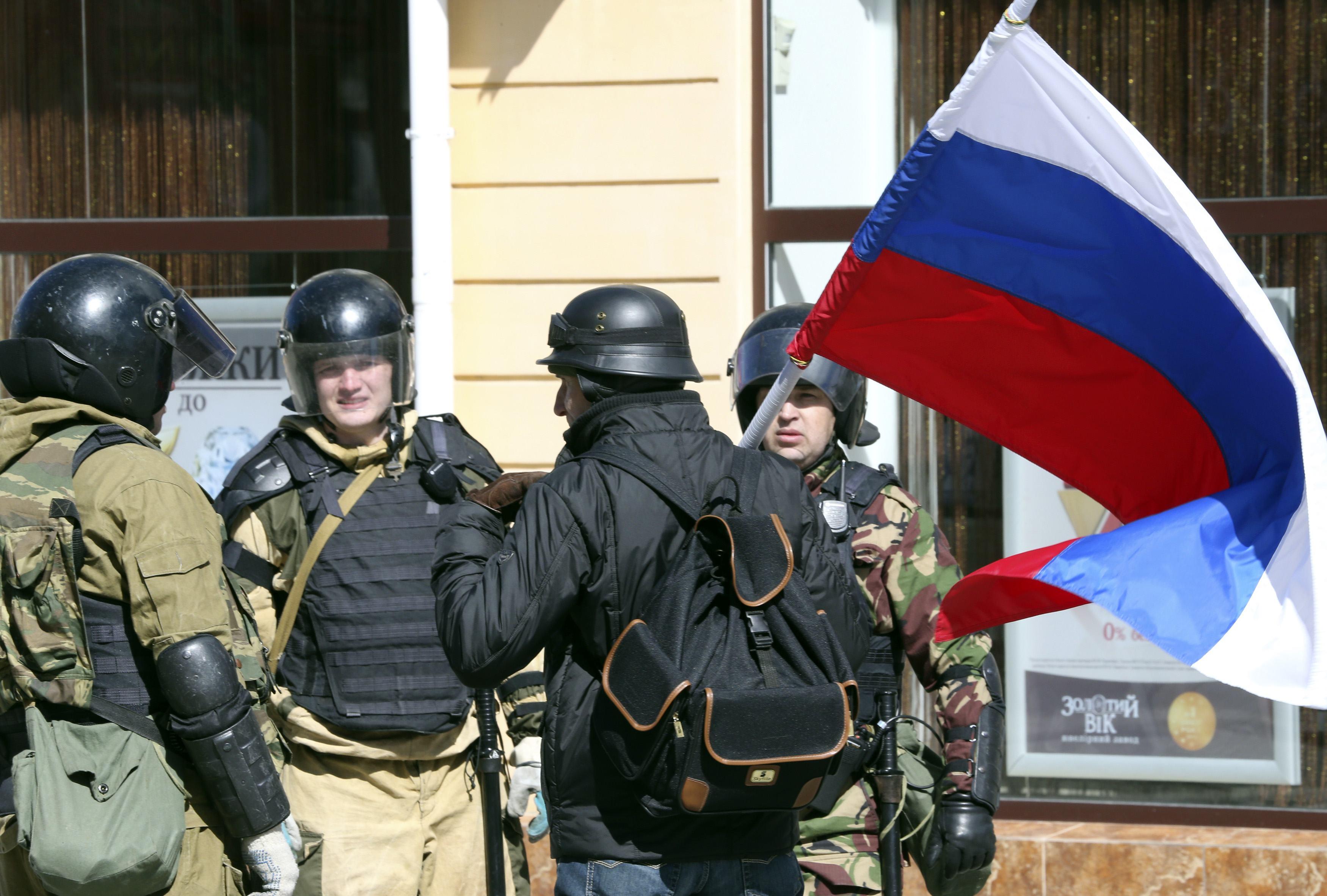 Пособники оккупантов активно помогали России захватить и контролировать Крым