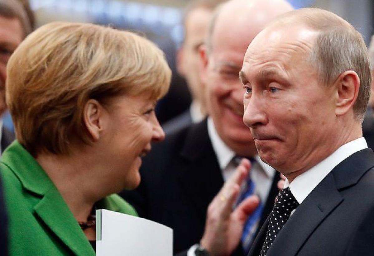 У Меркель призвали противостоять РФ с позиции силы
