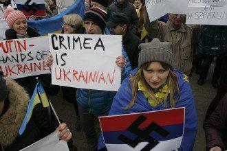 Антивоенный митинг в Варшаве