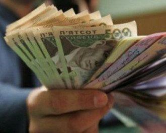 Олигархам выгодно обесценивание гривни, отметил эксперт