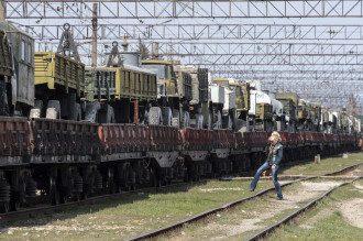 Укринская военная техника готова к отправке из Крыма в поселке Гвардейское.