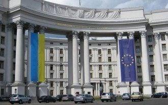 В Дубае задержали 12 украинок, сказал Николенко