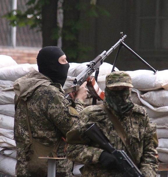 Боевики в Славянске, иллюстрация