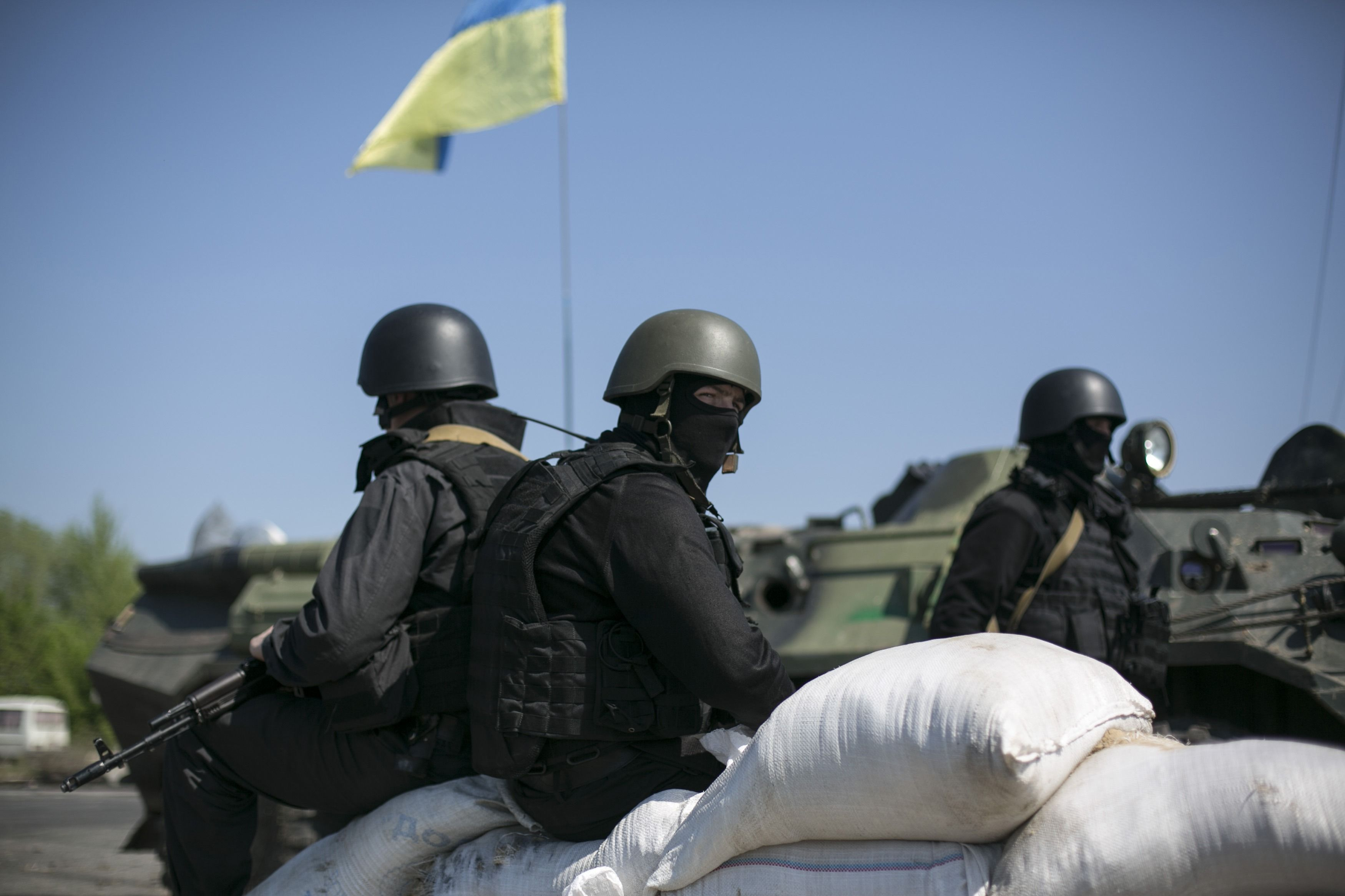 Украинские силовики под Славянском