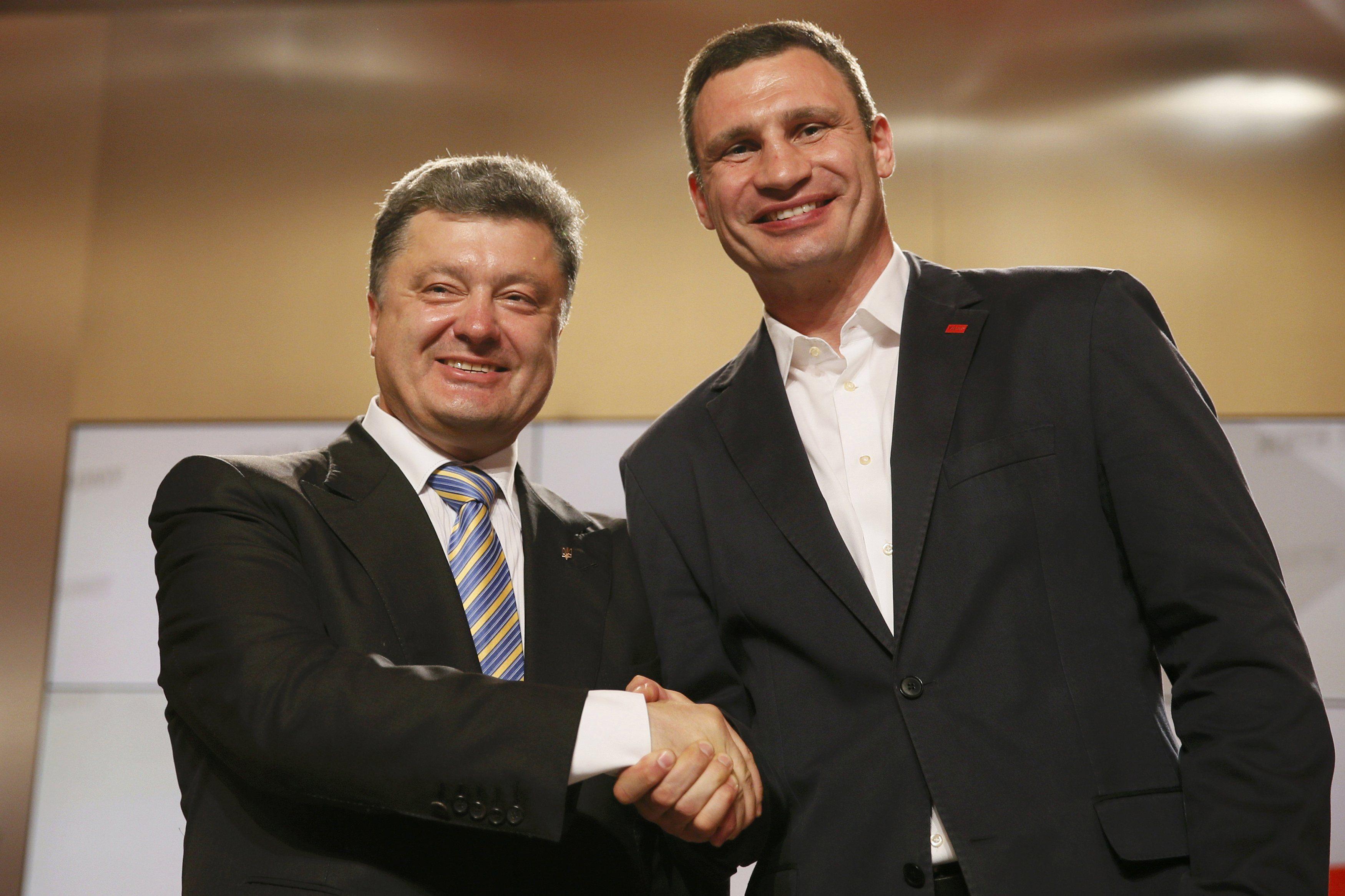Виталий Кличко и Петр Порошенко после выборов