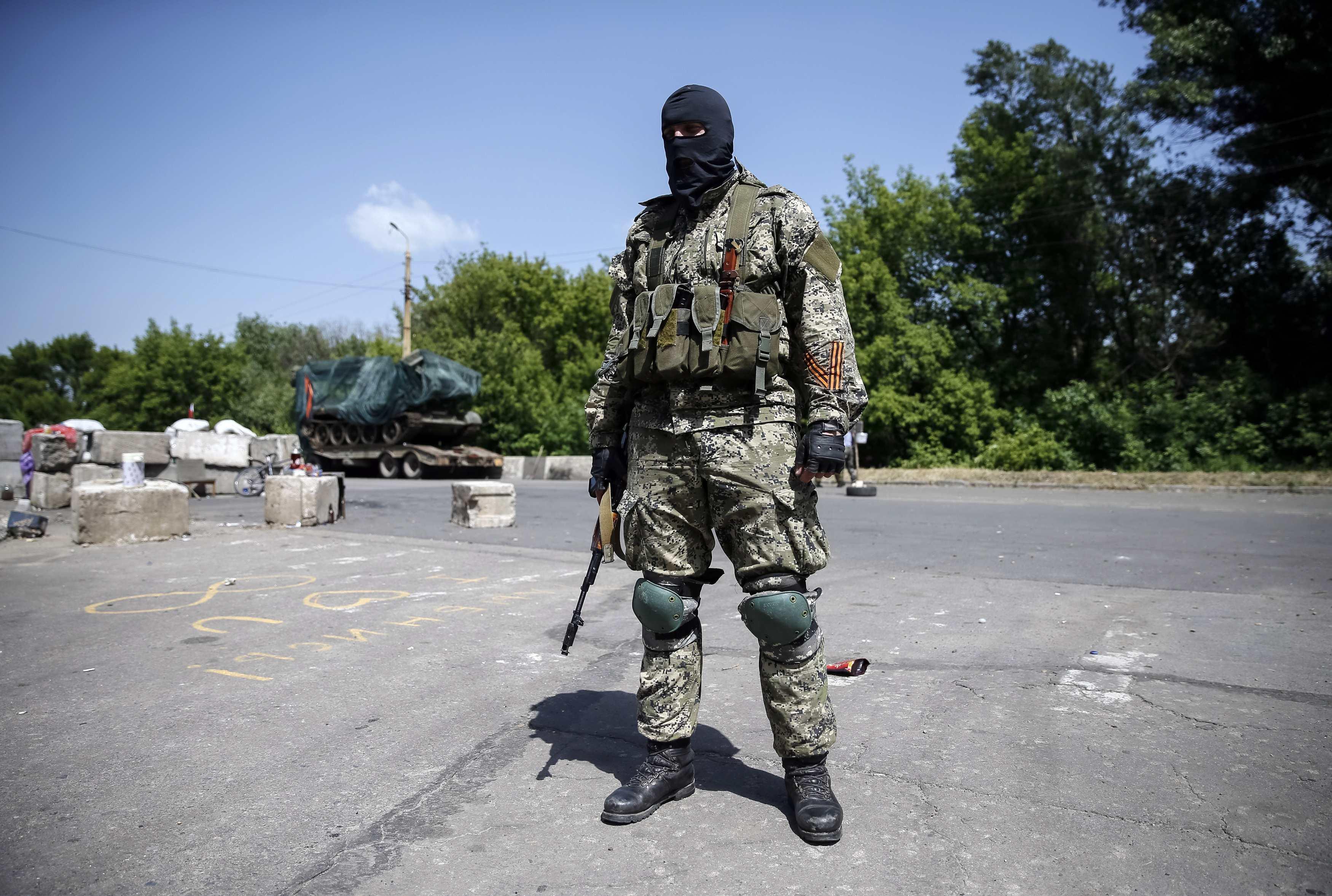 Из-за террористов в Славянске гибнут люди