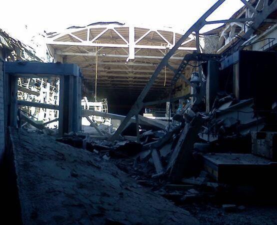 Из-за боевиков Краматорск превращается в развалины