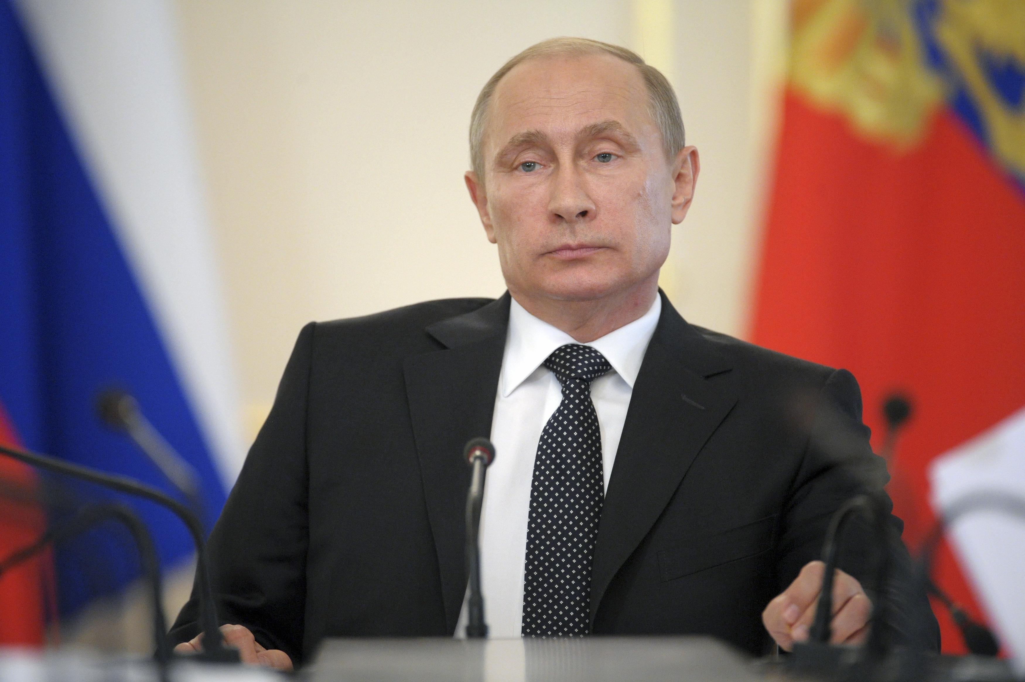 На Путина влияет угроза санкций, считает эксперт