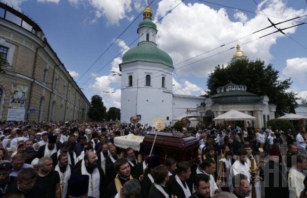 Похороны митрополита Владимира. Крестный ход