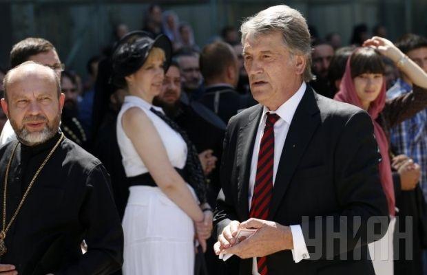 Похороны митрополита Владимира. Экс-президент Виктор Ющенко