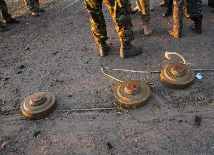 Мины террористов на Донбассе, иллюстрация
