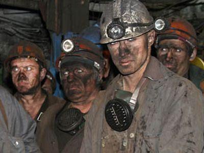 Боевики ДНР отказались платить зарплату шахтерам