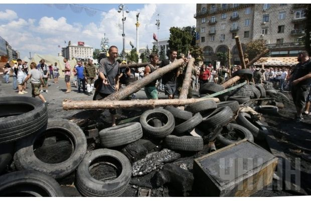 Новые баррикады на Майдане