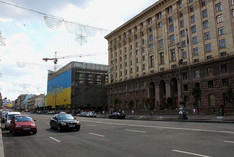 В Киеве до 31 мая по улице Крещатик будет перекрыто движение для авто