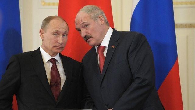 В Беларуси ключевые вопросы решает Путин, считает Кириленко
