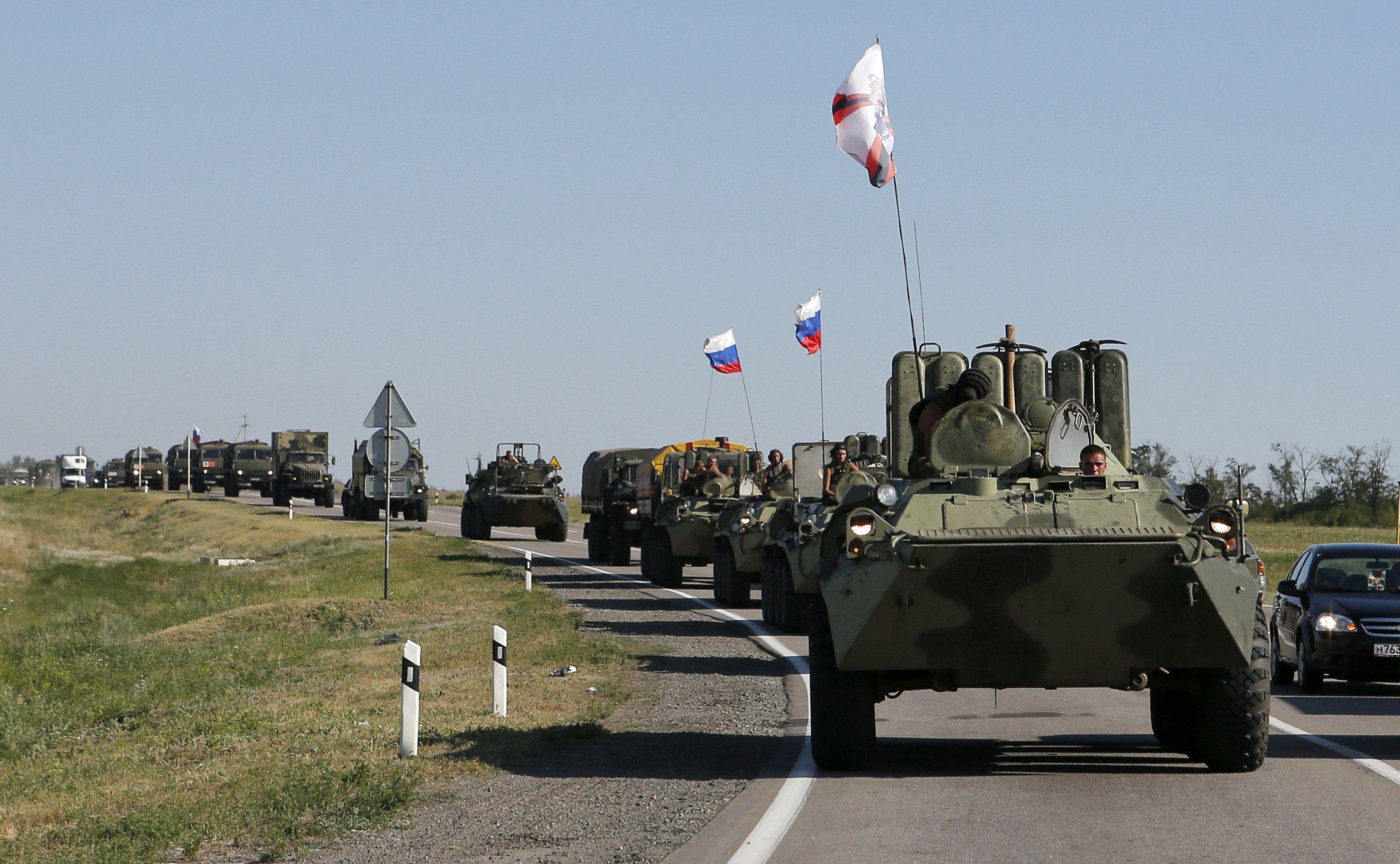 Российские военные возле границ Украины