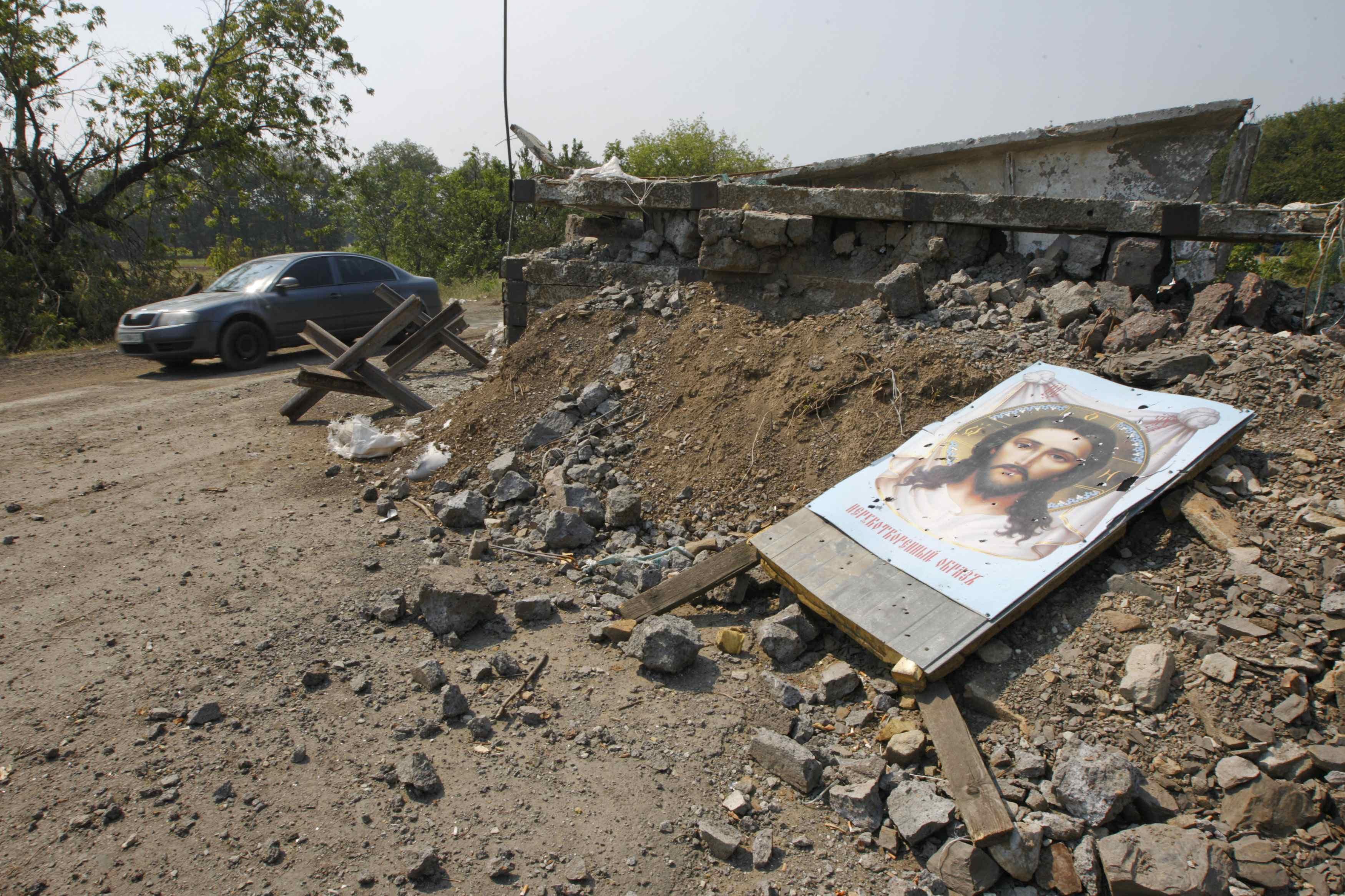 На Донбассе продолжают гибнуть люди