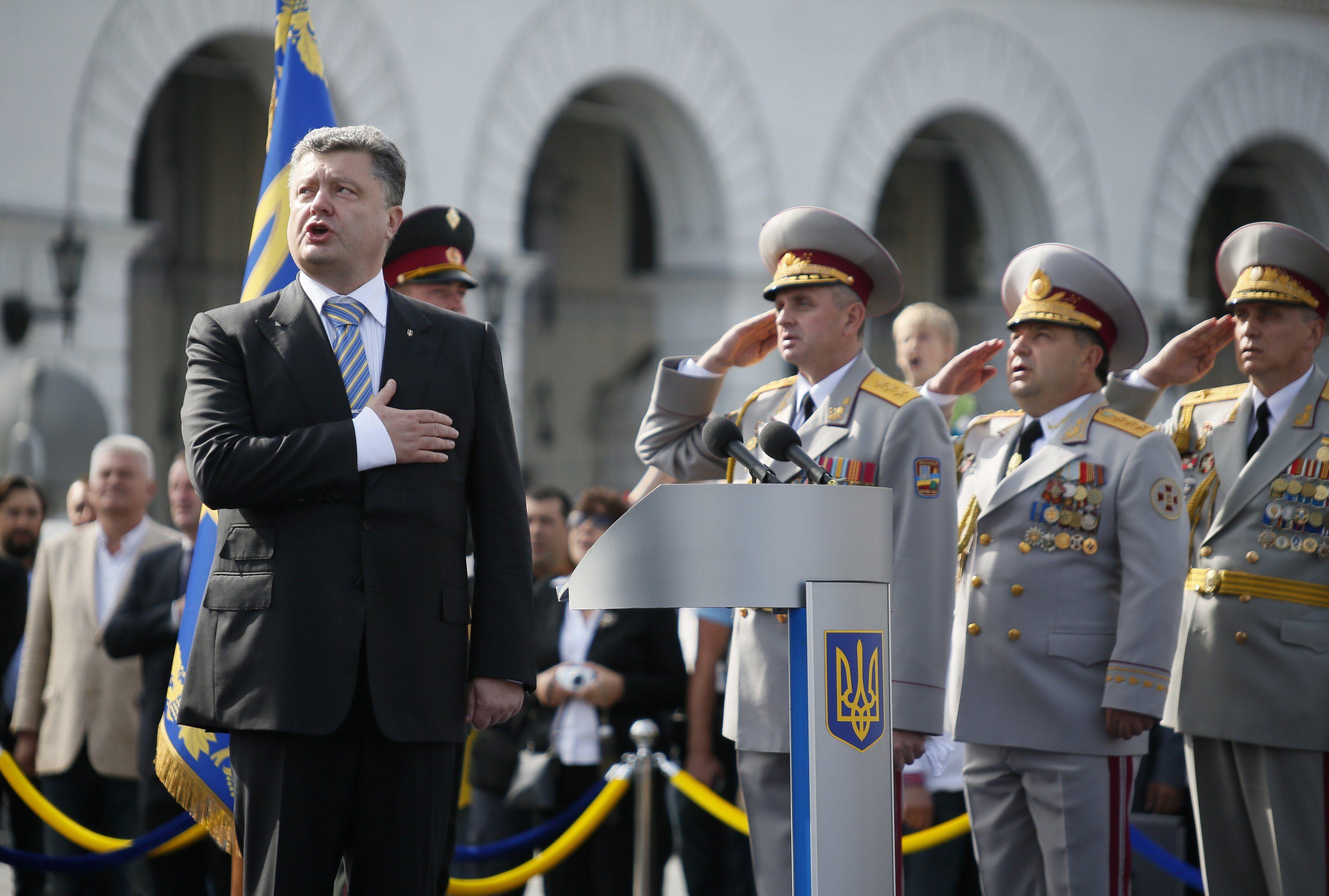 Петр Порошенко на параде в Киеве
