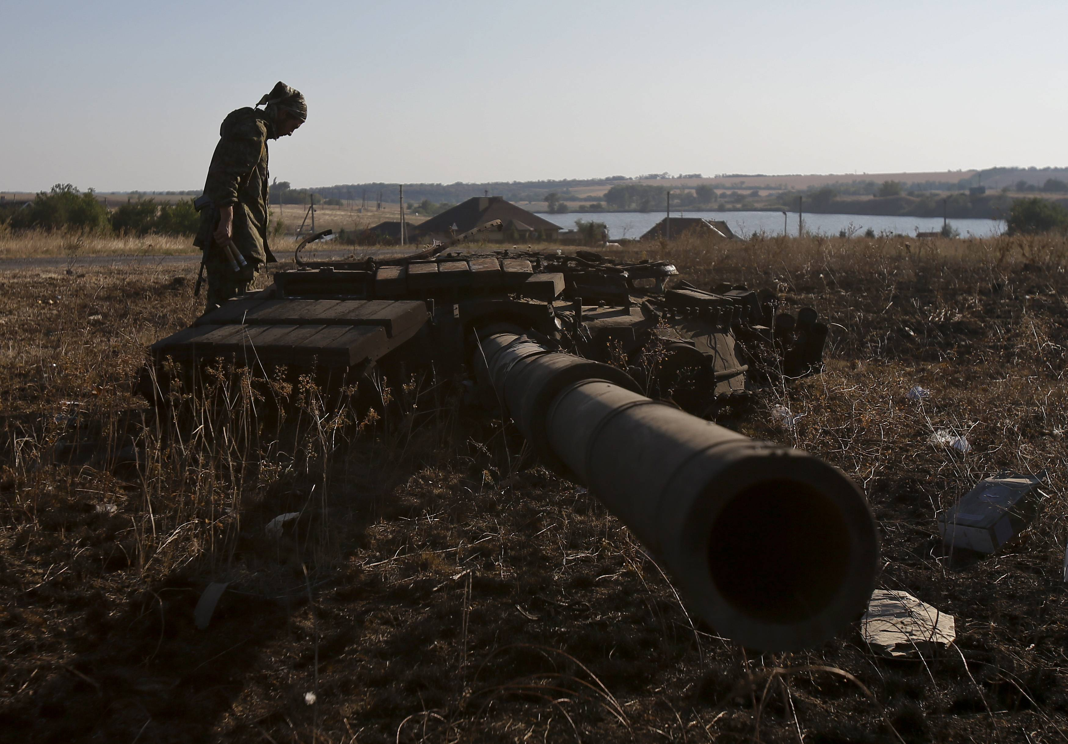 Башня танка, уничтоженного под Иловайском