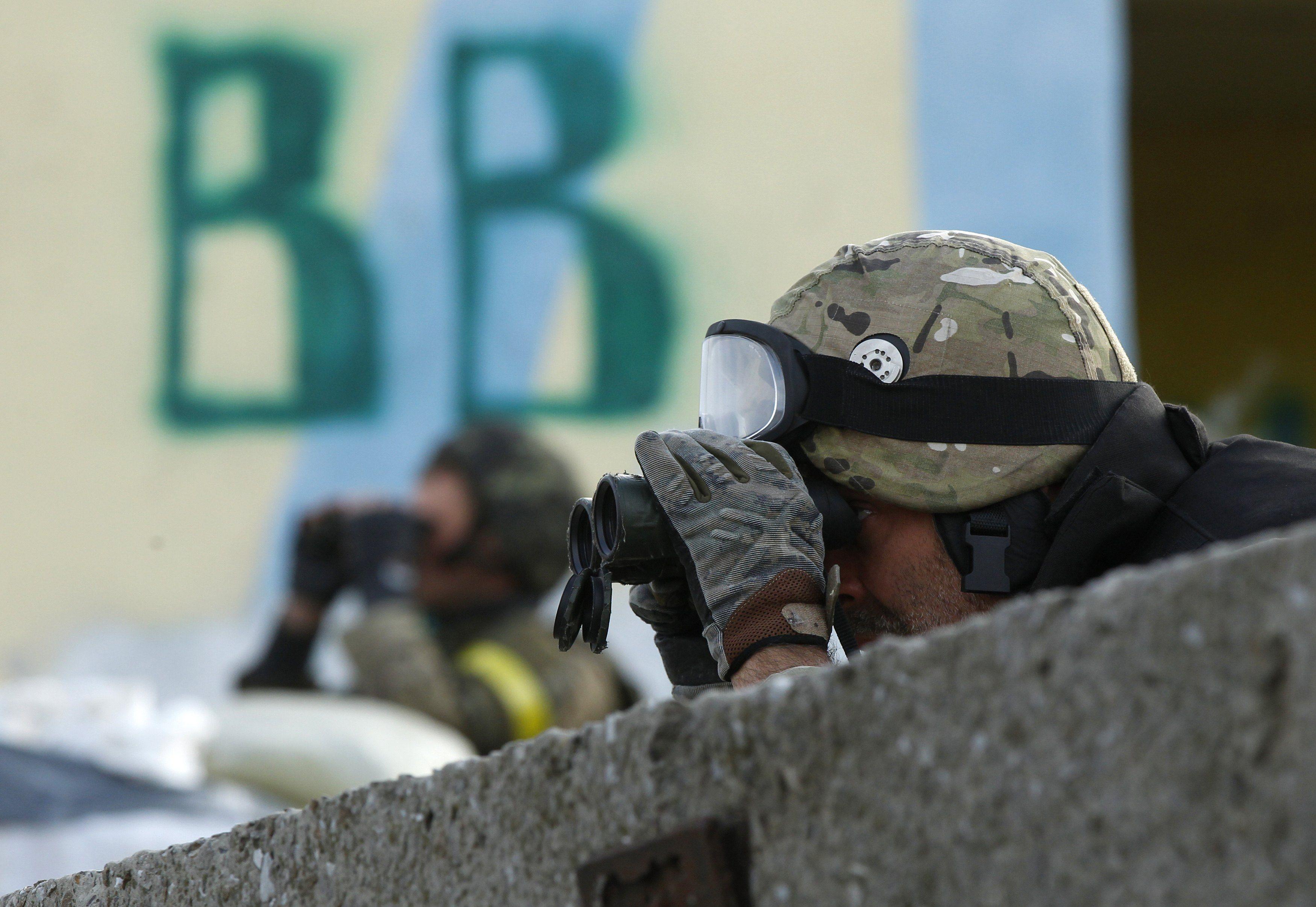 Силы АТО в Луганске, иллюстрация