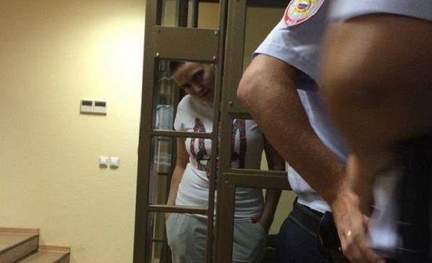 Украинская летчица Надежда Савченко арестована в России
