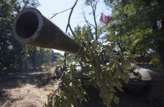 Танк боевиков в засаде