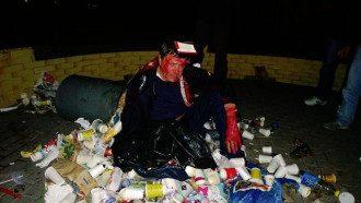 Виктор Пилипишин в мусорнике