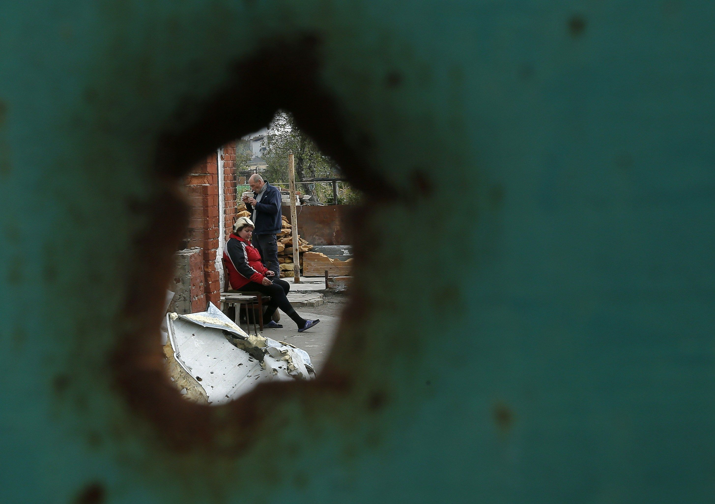 Обстрелы на Донбассе, иллюстрация