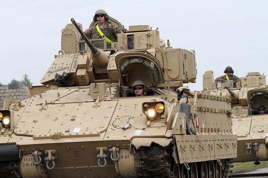 Военная техника США. Иллюстрация