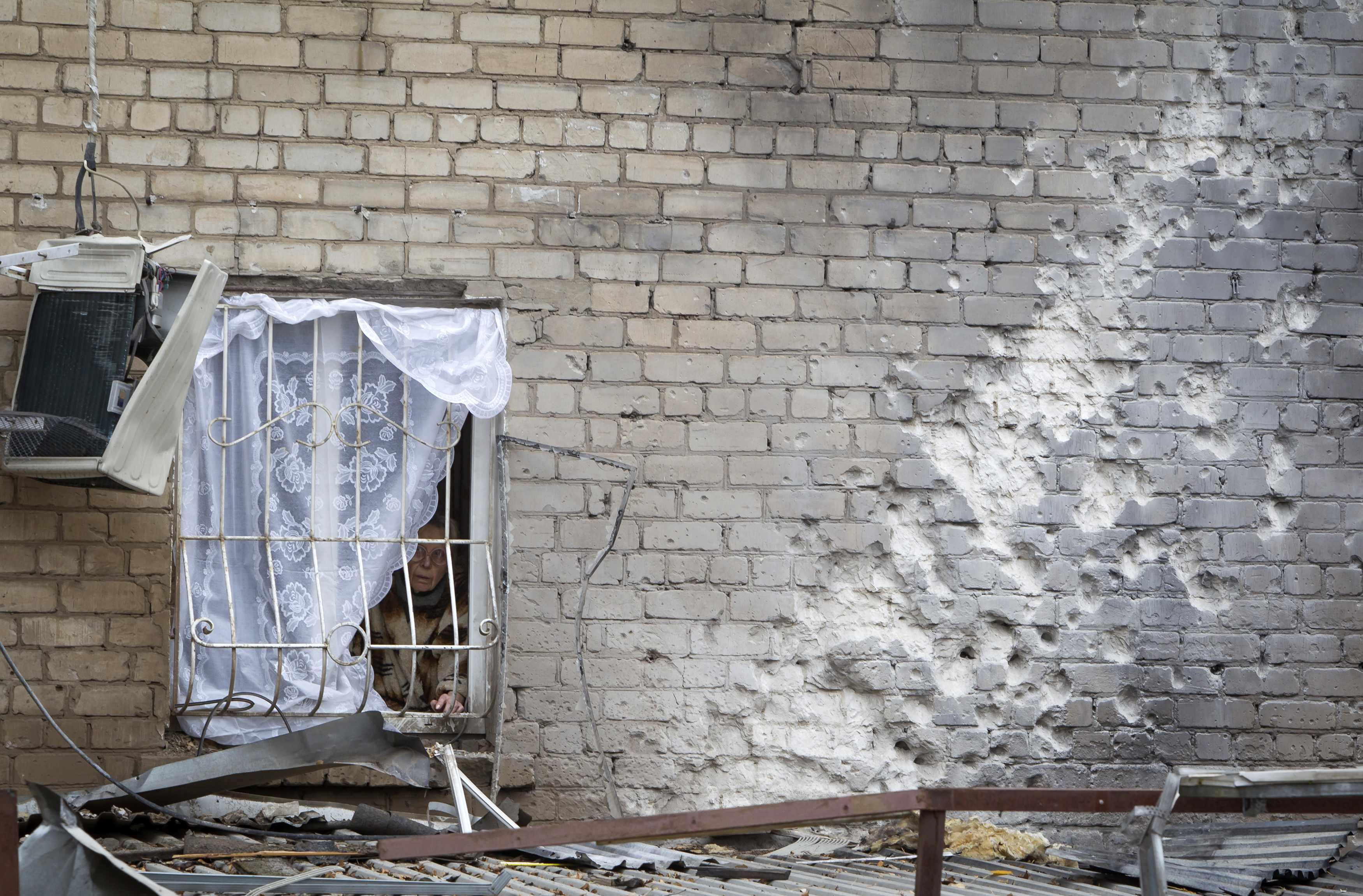 Результаты обстрела в Донецке. Иллюстрация