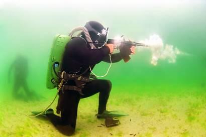 Морской спецназ, иллюстрации
