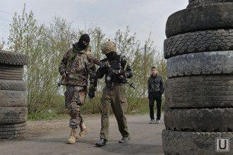 Боевики в Донецке, иллюстрация