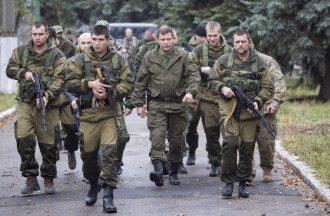 Главарь ДНР Захарченко в окружении боевиков