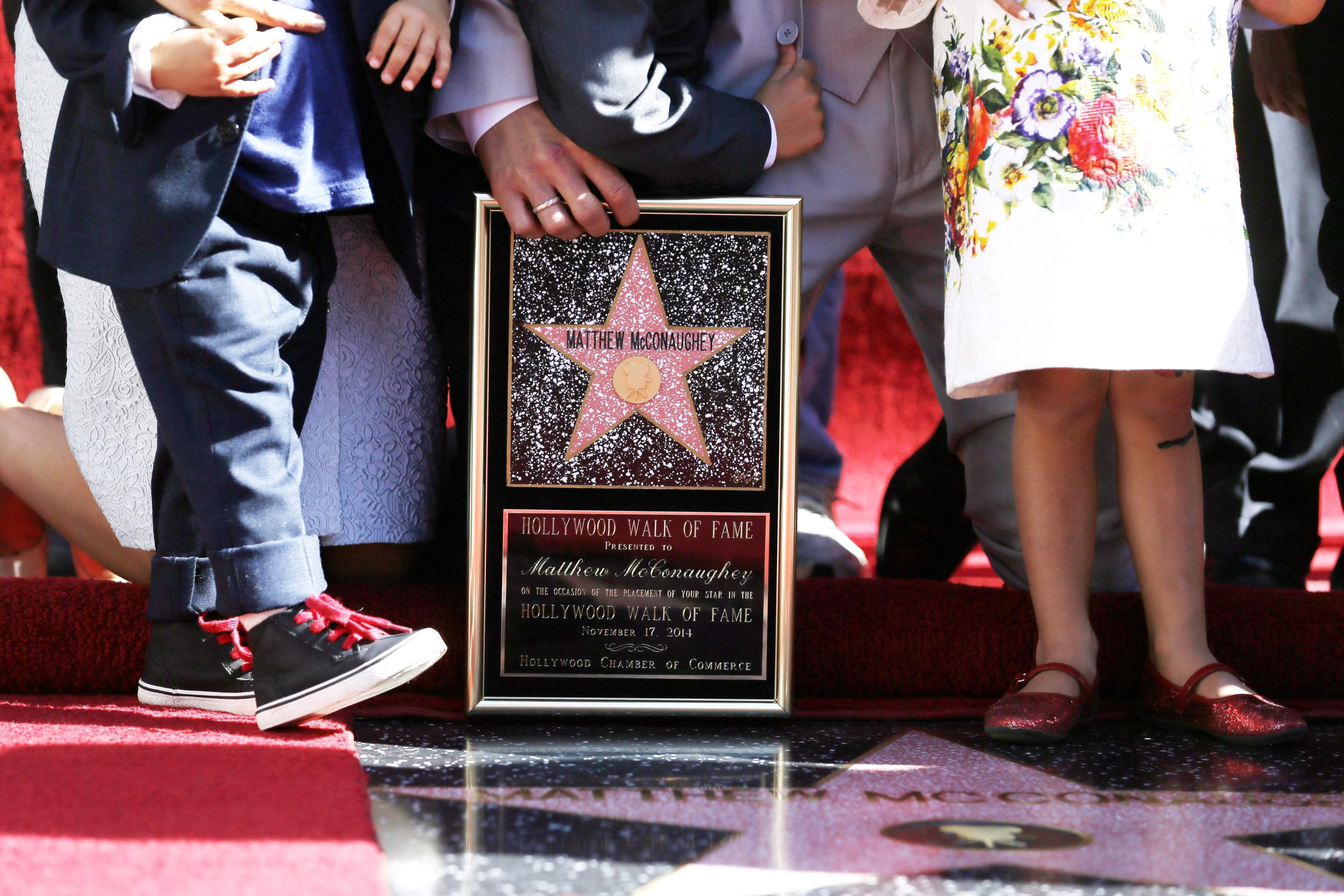 На Аллее славы появилась звезда Мэтью Макконахи: опубликованы фото