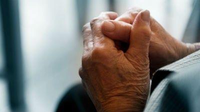 старики, старость, пенсионеры, руки