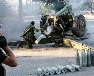 Артиллерия боевиков в Донецке