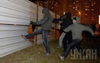 Два вечера столичные жители воевали против застройки