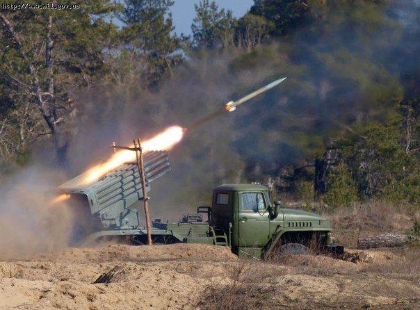 Боевики обстреляли поселок на Луганщине
