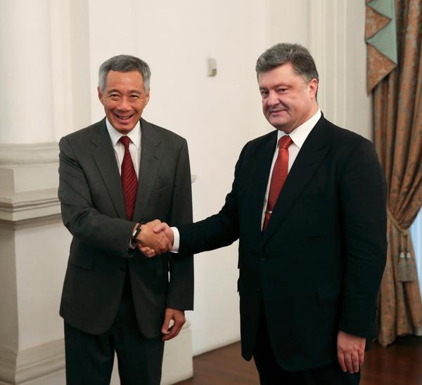 Петр Порошенко и премьер-министр Сингапура Ли Сиен Лун