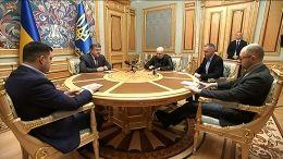 Порошенко встретился с Яценюком и Гройсманом