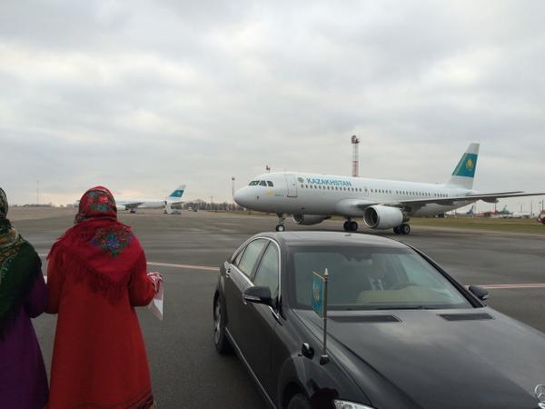 Самолет Назарбаева в