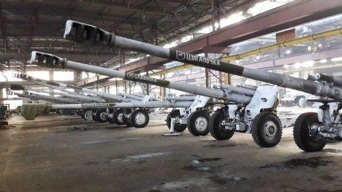 Цех одного из заводов Луганска, иллюстрация
