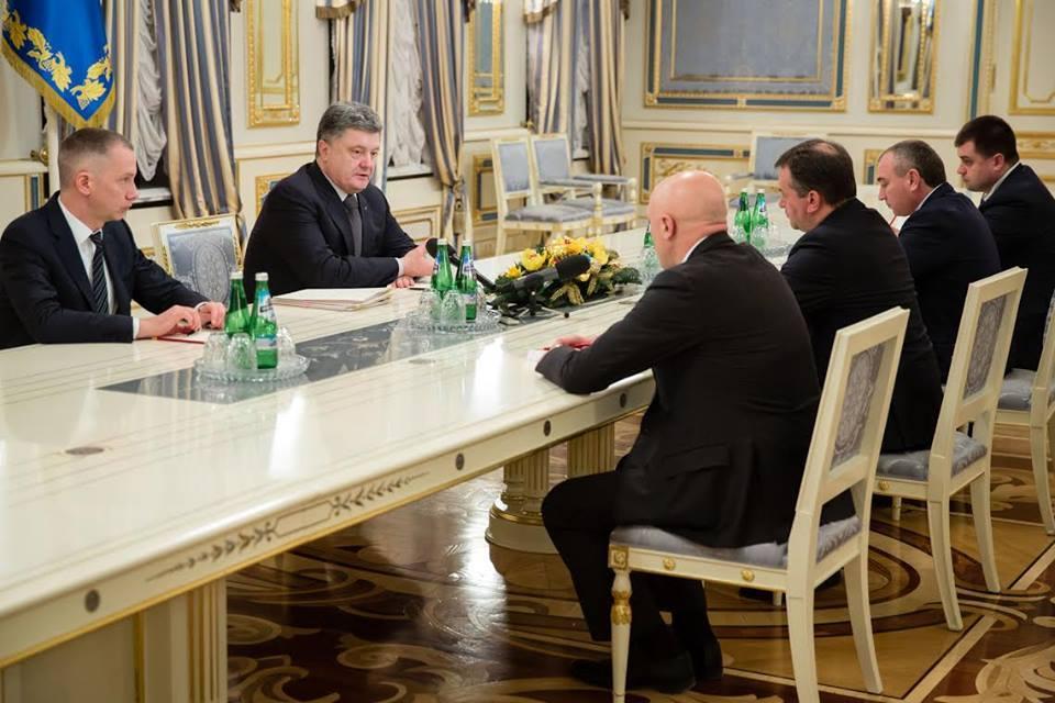 Порошенко назначил четырех новых губернаторов